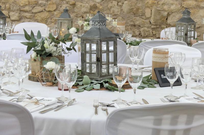 decoration-table-mariage-domaine-de-la-grangette