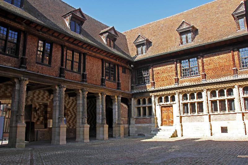 Cour-de-lHôtel-Mauroy-BD